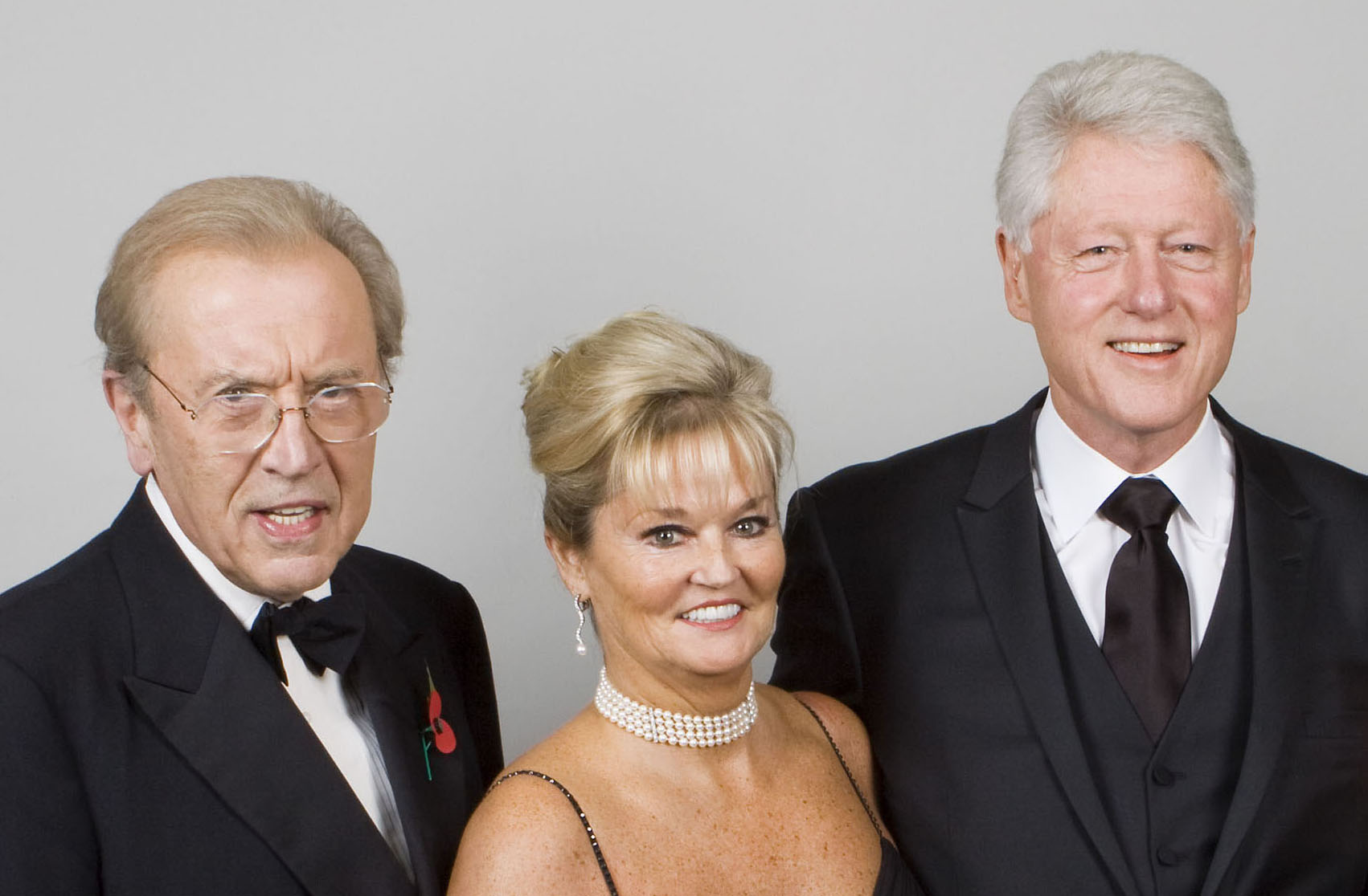 Sir David Frost, Sally Allen-Gerard and President Bill Clinton